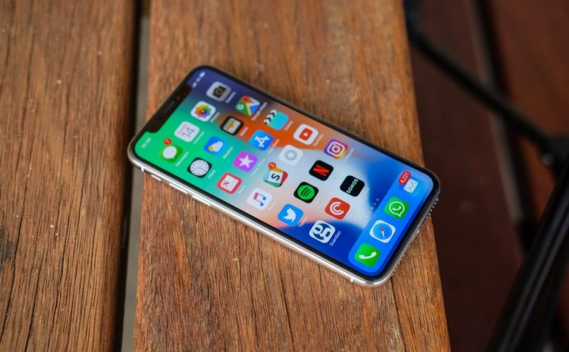 Top 10 Essential iPhoneApps