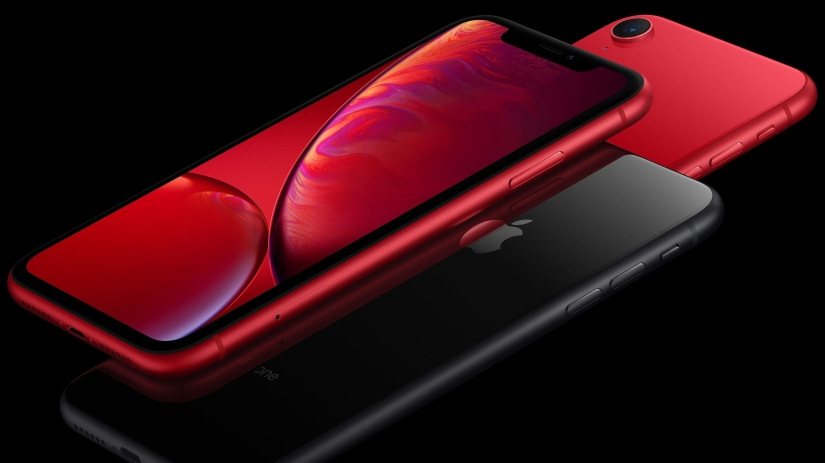 Should You Buy The iPhone XR?