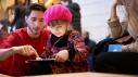 Apple-Champs-Elysees_apple-visitor-ipad_11182018