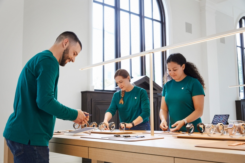 Apple Carnegie Library OpensToday
