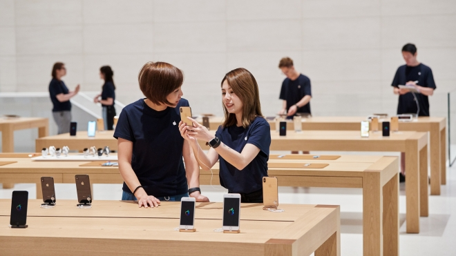 new-apple-store-taipei-apple-team-members-apple-061219